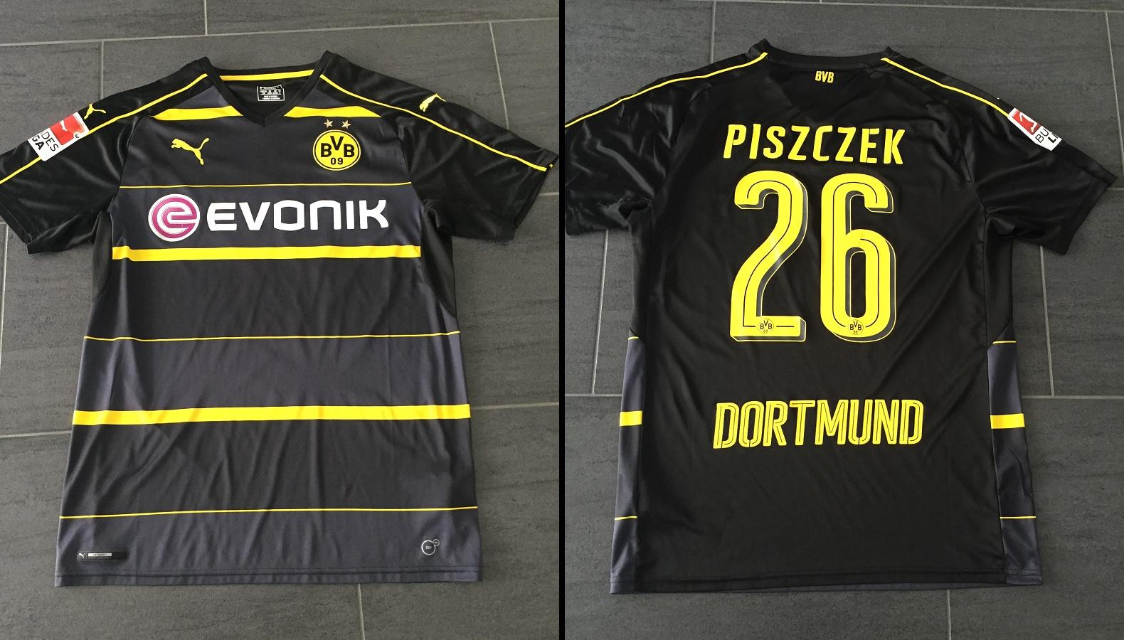 Borussia Dortmund Away 2016/17 Piszczek