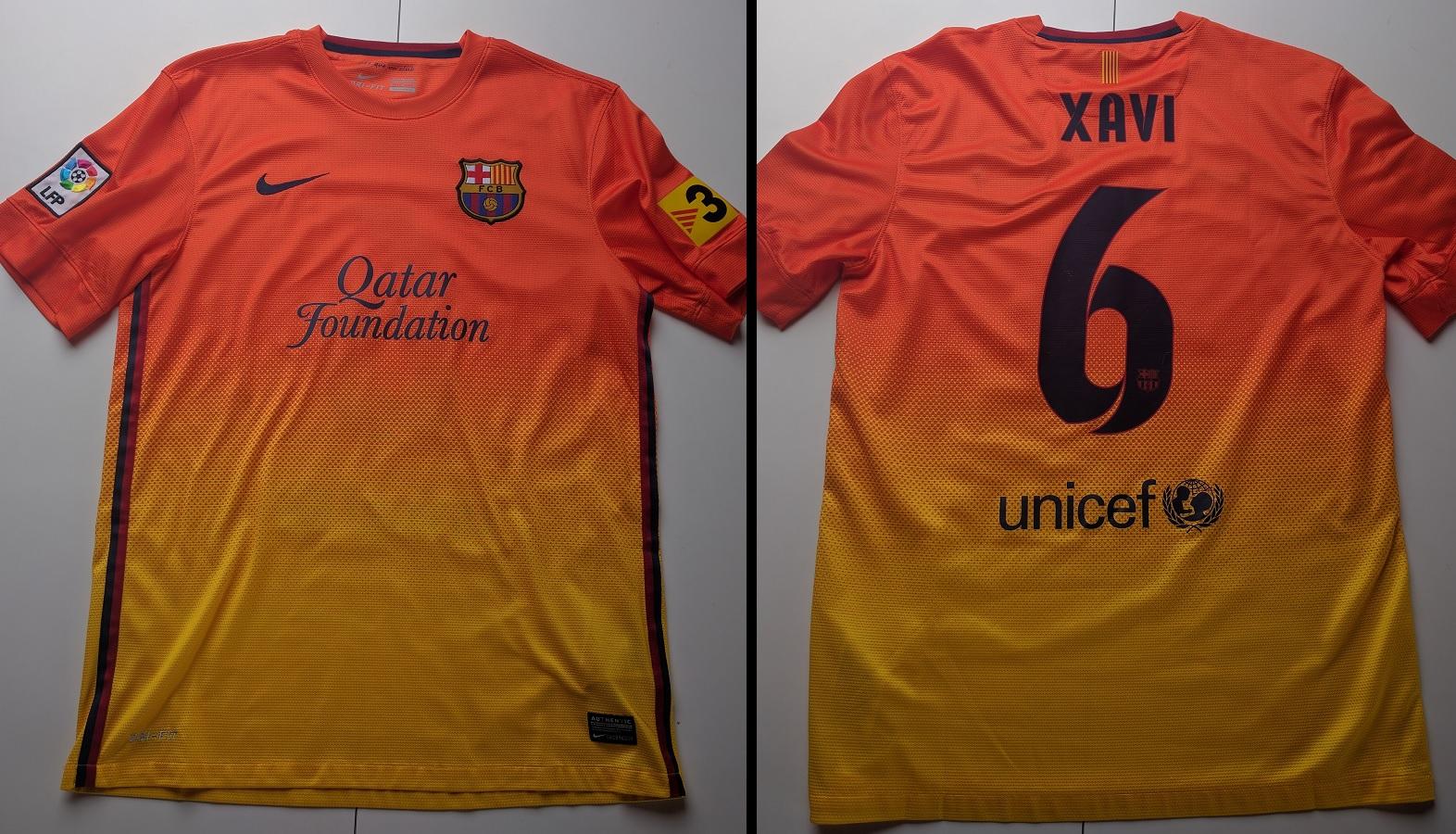 FC Barcelona Away 2012/13 Xavi
