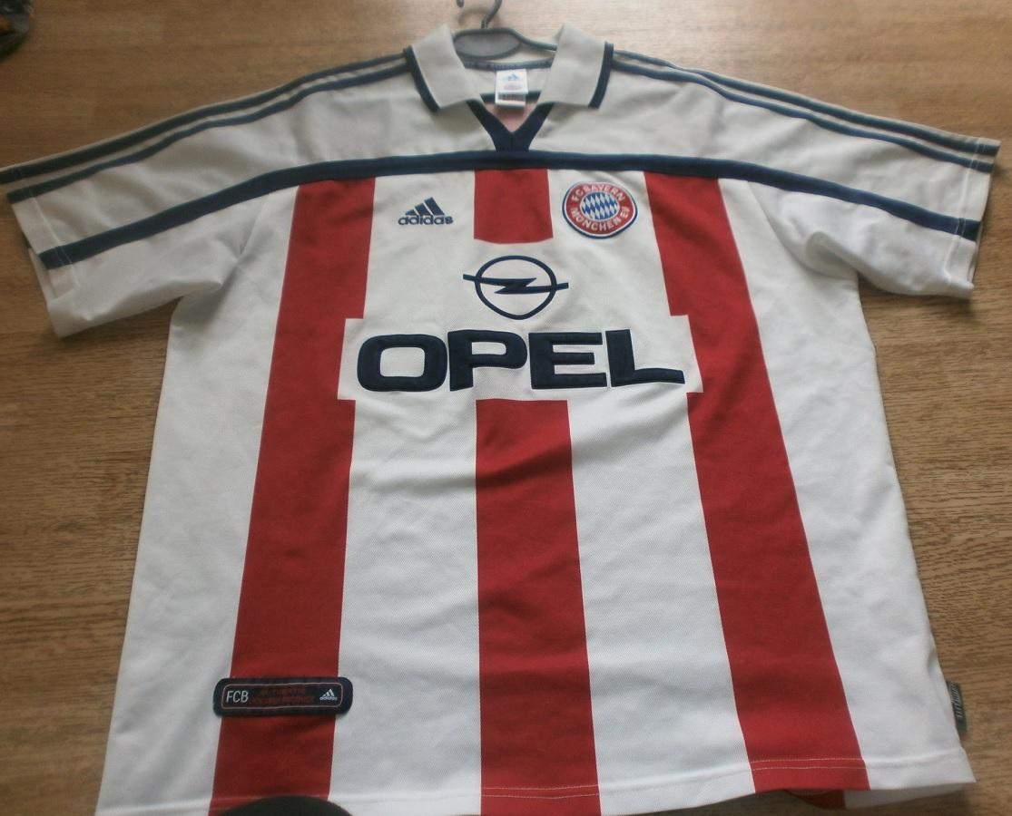 FC Bayern München Away 2000/01