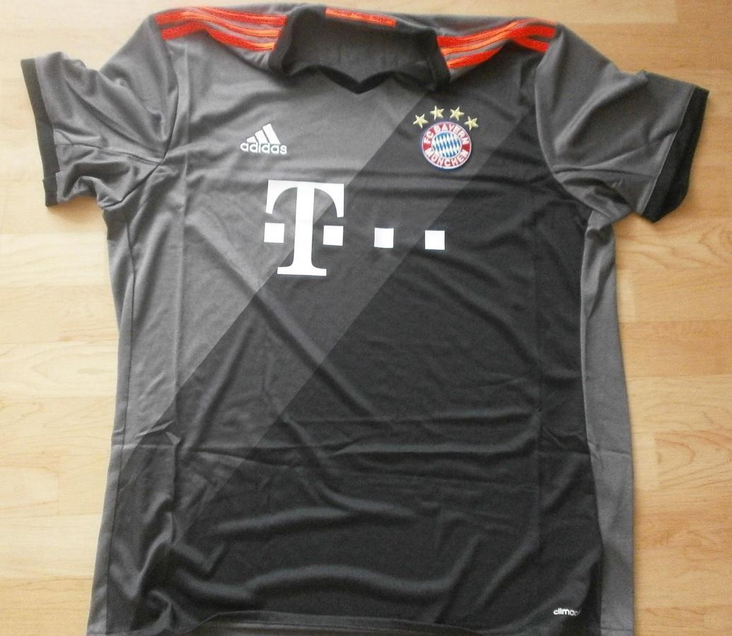 FC Bayern München Away 2016/17