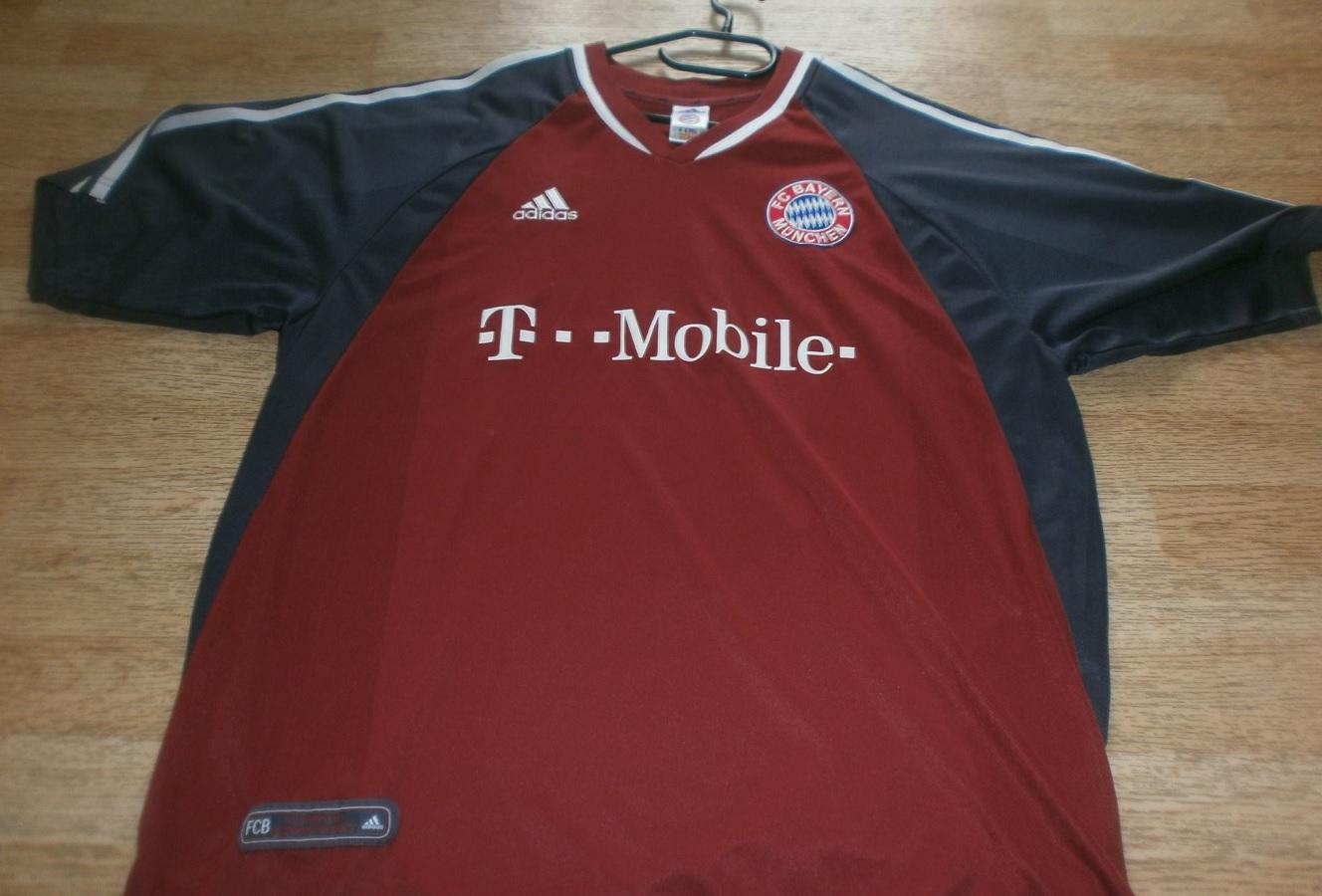 FC Bayern München Home 2002/03