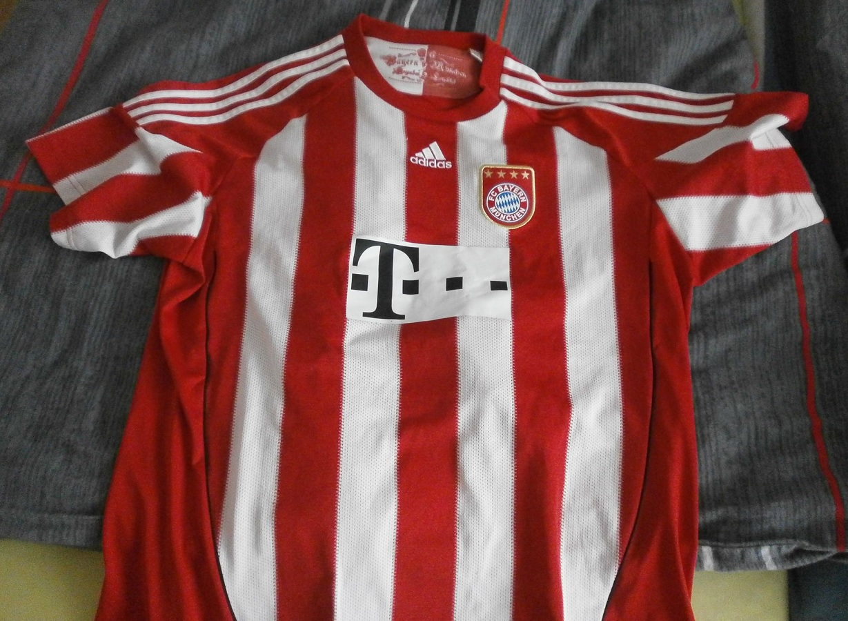 FC Bayern München Home 2010/11