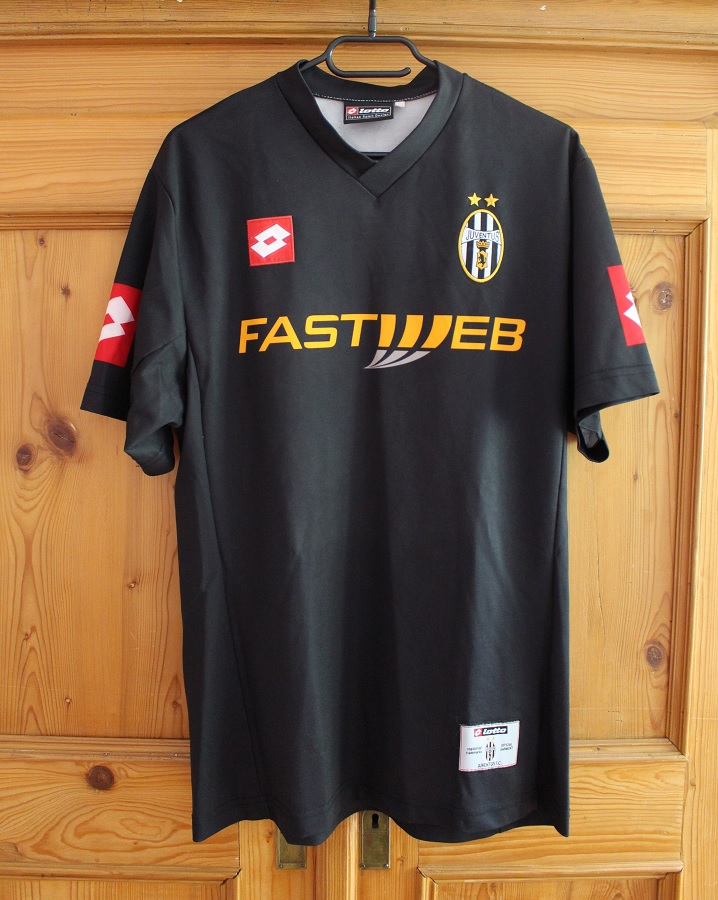 Juventus Turin Away 2001/02