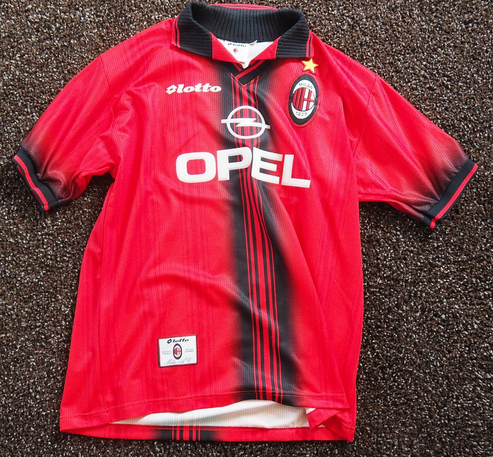 AC Milan Fourth 1997/98 Savicevic Fanshop