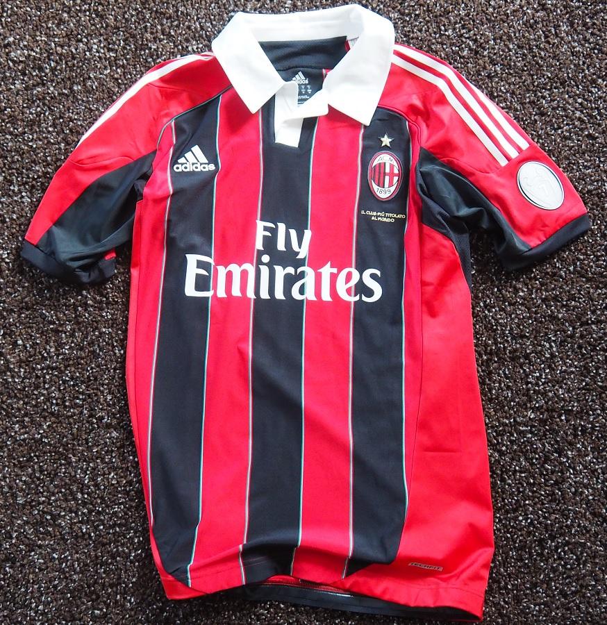 AC Milan Home 2012/13 Robinho Matchworn Signed