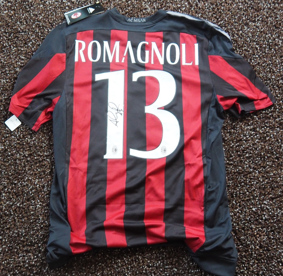 AC Milan Home 2015/16 Romagnoli Player Issue Signed